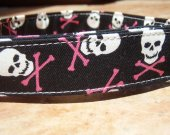 FEMME FATALE Skull Crossbones Pink Retro Organic Cotton Dog Collar SIZE LARGE - - All Antique Brass Hardware