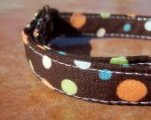 THE NEW ENGLANDER Chocolate Brown Dotted Organic Cotton Dog Collar Retro Vintage SIZE SMALL - - All Antique Brass Hardware