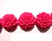 wholesale fuchsia red  chrysanthemum flower cabochons plastic resin pendant bead 20mm 25pcs