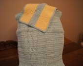 This dishcloth and hand towel ar made of cotton,
