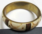 Unique vintage tribal bone bangle bracelet from Nepal.