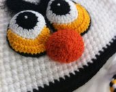 Angry bird hat , hand made crochet Angry bird hat , sizes 24 moths to 4