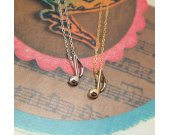 Musical Note Necklace in gold / silver