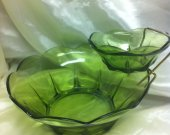 Vintage 50&trade;s Avocado Green Glass Chip and Dip Set Anchor Hocking