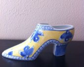 "Collectible Seymour Mann ""China Blue"" Fine Porcelain High Heel Shoe yellow /blue"