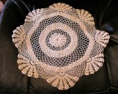Cream 4-Way Circle Doily