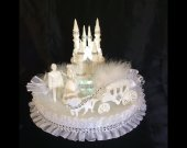 weddind  cinderella cadtle  carriage  light cake topper in white