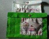 Green  vintage feltbag Confiserie Chocolaterie