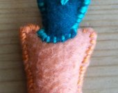Kitchen Decor / Felt Carrot / Hand Sewn Orange and Green Ornament with Hanging Loop / Handmade Carrot / OOAK Fabric Art